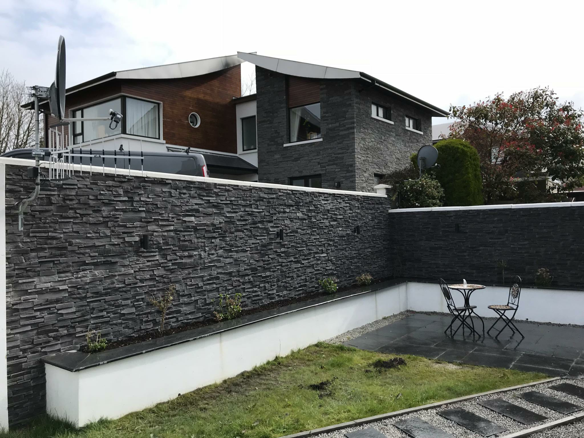 Why you should choose Stone Cladding for your Garden Wall